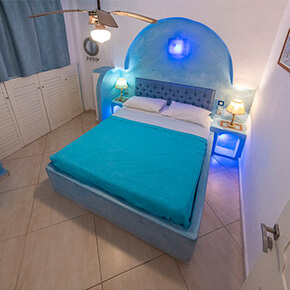 Comfortable apartments in Milos
